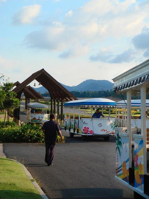 Samui Airport trams
