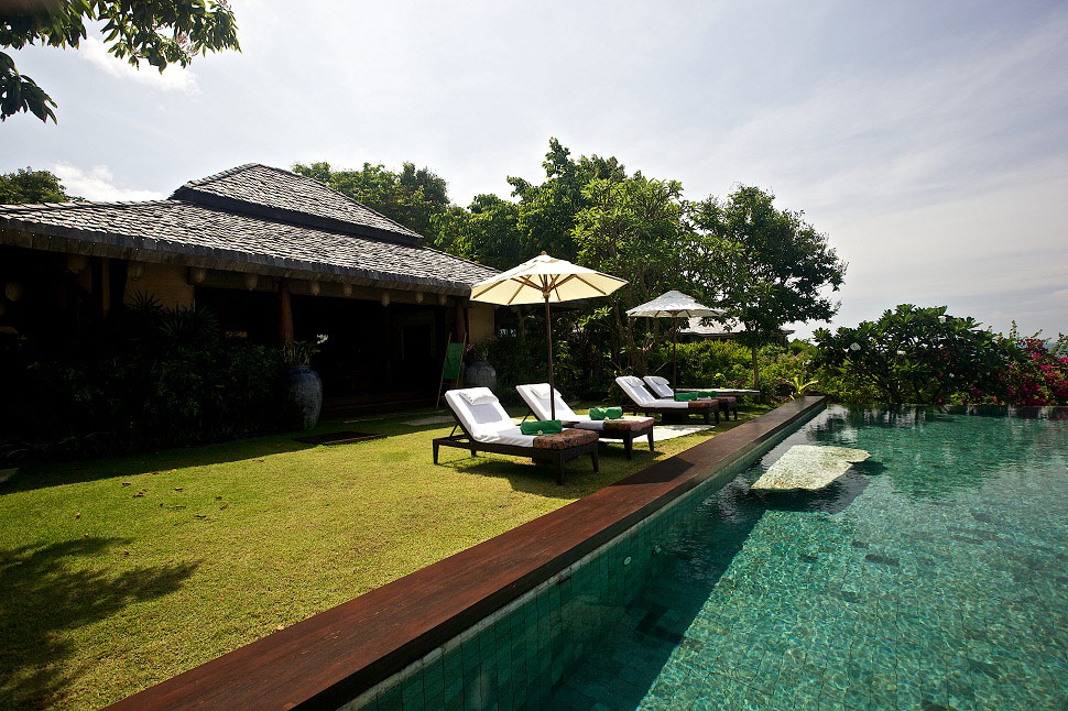 7 Bedroom Beach Front Villa with Private Pool at Laem Sett Koh Samui