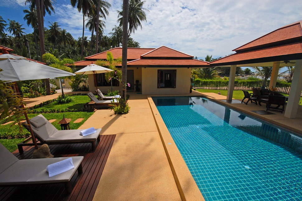4 Bedroom Beach Front Villa with Private Pool at Laem Sett Ko Samui
