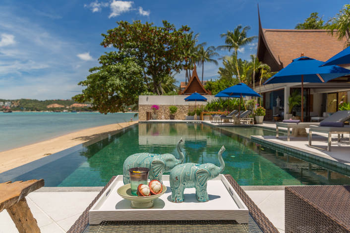 4 Bedroom Beach Front Villa with Private Pool at Bangrak Samui