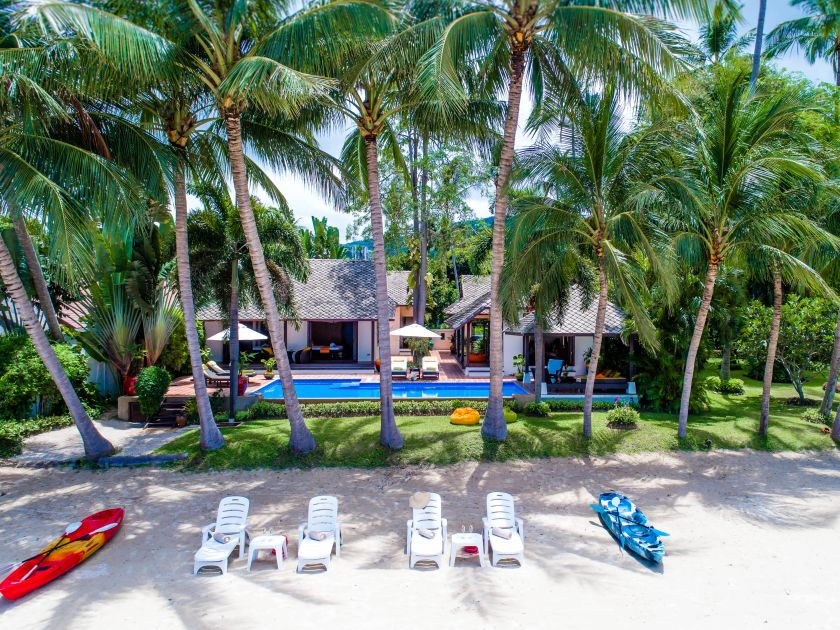 4 Bedroom Beach Front Villa with Private Pool at Laem Sor Koh Samui