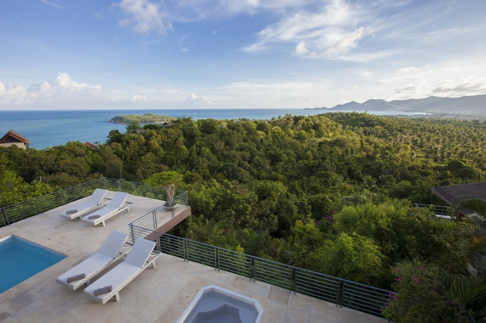 4 Bedroom Sea View Villa with Private Pool at Chaweng Samui