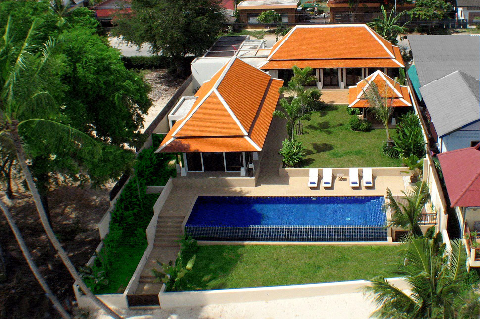 2 Bedroom Beach Front Villa with Pool at Bangrak Koh Samui