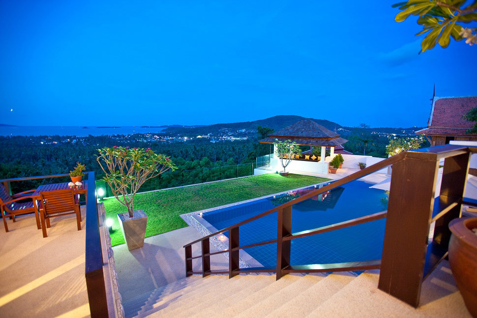 4 Bedroom Sea View Villa with Pool at Bophut Samui