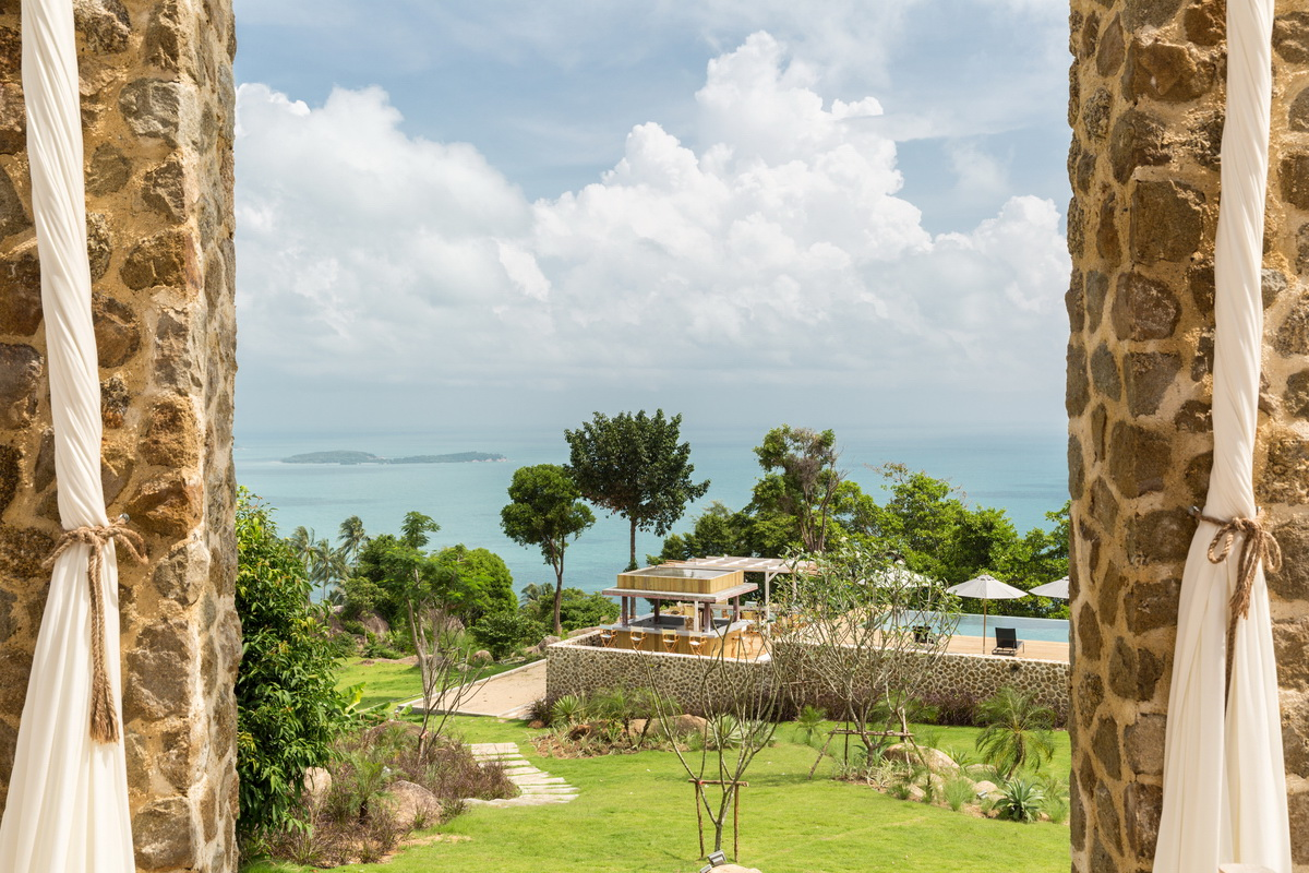 6 Bedroom Option Sea View Villa with Private Pool at Chaweng Samui