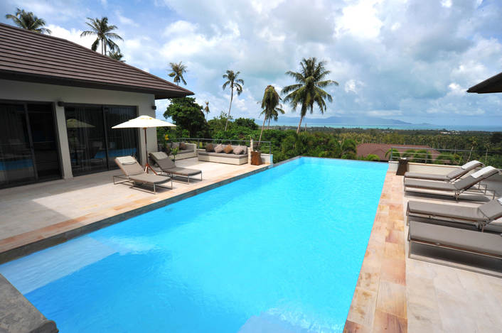 6 Bedroom Sea View Villa with Private Pool at Maenam Koh Samui