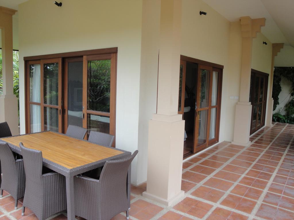 3 Bedroom Garden View Villa with Pool at Choeng Mon Koh Samui