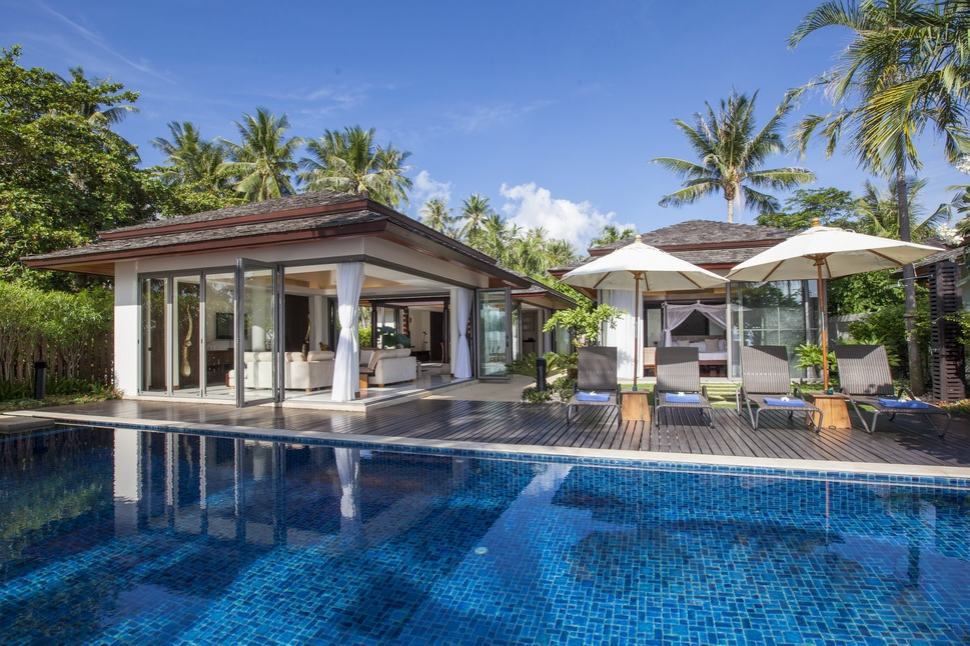 4 Bedroom Beach Front Villa with Private Pool at Bophut Koh Samui