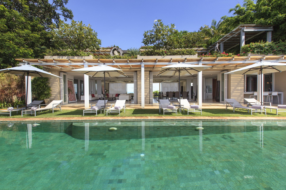 6 Bedroom Beach Front Villa with Pool at Chaweng Koh Samui