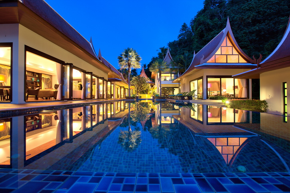 5 Bedroom Beach Front Villa with Private Pool at Lipa Noi Ko Samui Thailand