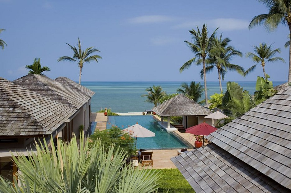 5 Bedroom Beach Front Villa with Private Pool at Lipa Noi Samui Thailand