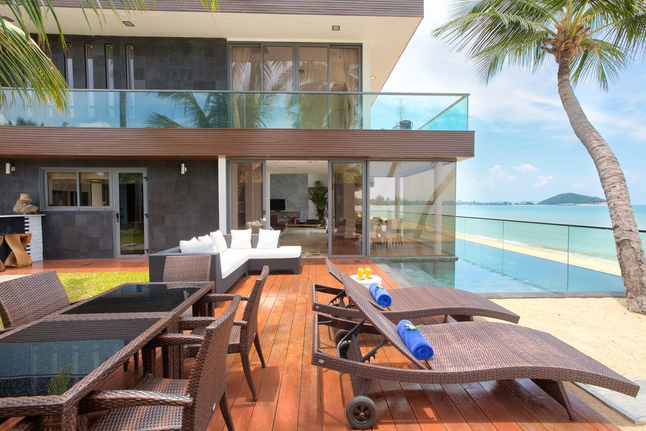3 Bedroom Beach Front Villa with Infinity Pool at Lipa Noi Koh Samui