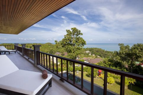 4 Bedroom Villa with Sea View and Pool at Choeng Mon Koh Samui