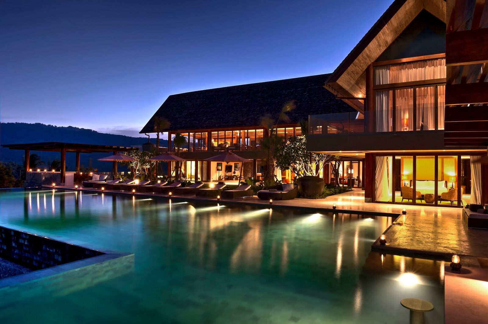 6 Bedroom Sea View Villa with Infinity Pool at Bophut Ko Samui