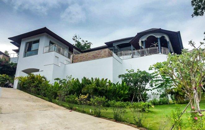 5 Bedroom Sea View Villa with Infinity Pool at Choeng Mon Ko Samui