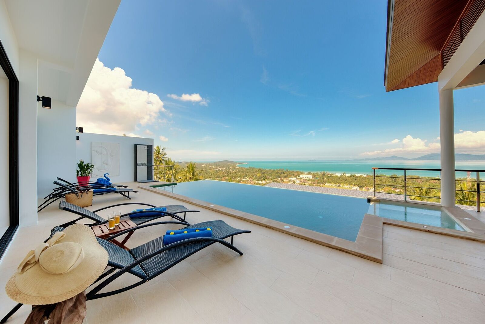 4 Bedroom Sea View Villa with Private Pool at Maenam Koh Samui