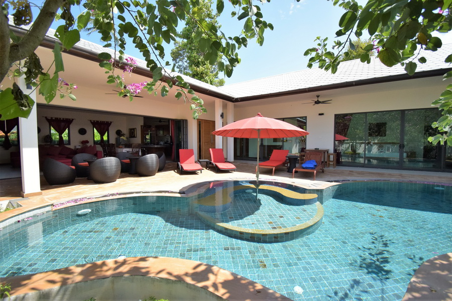 4 Bedroom Garden Villa with Private Pool at Bang Por Koh Samui Thailand