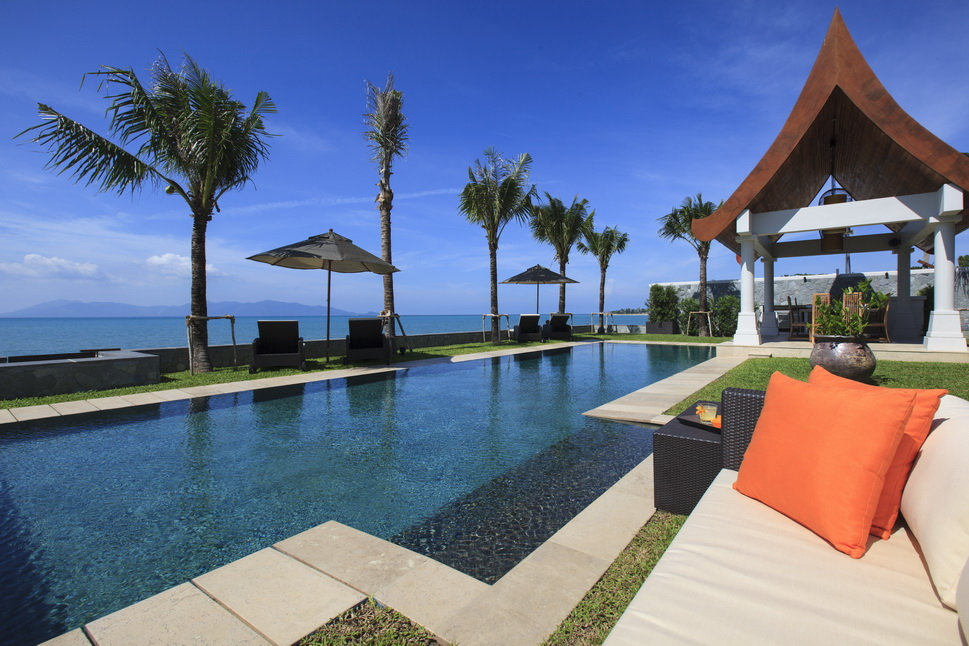 6 Bedroom Option Beach Front Villa with Private Pool at Maenam Ko Samui Thailand