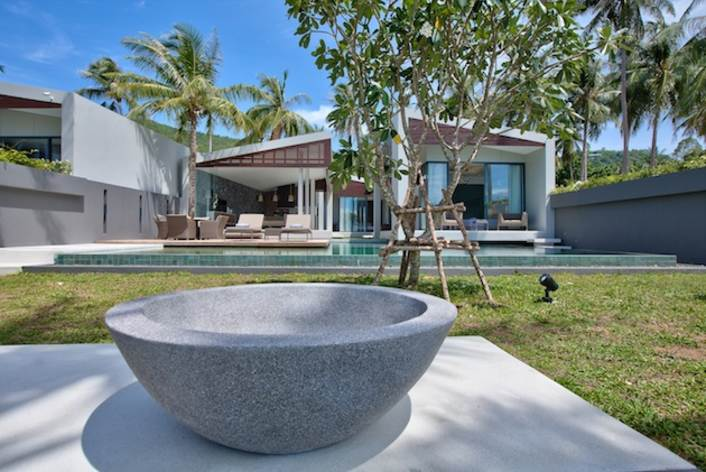3 Bedroom Beach Front Villa with Private Pool at Bang Por Koh Samui Thailand