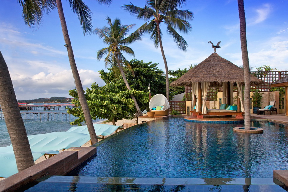 6 Bedroom Option Beach Front Villa with Private Pool at Bangrak Samui
