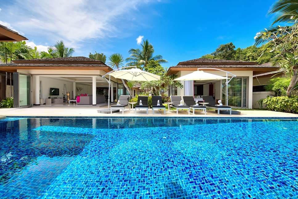 4 Bedroom Beach Front Villa with Private Pool at Bophut  Samui