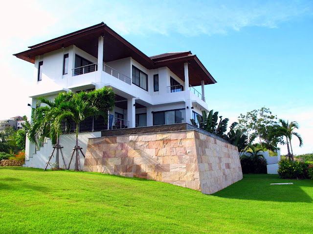 4 Bedroom Sea View Villa with Private Pool at Choeng Mon Samui