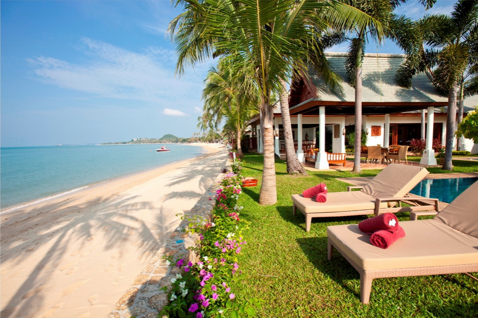 4 Bedroom Option Luxury Beach Front Villa with Private Pool at Maenam Samui
