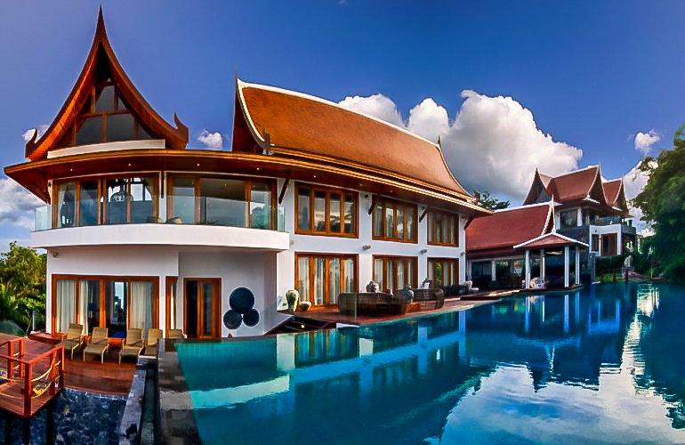 7 Bedroom Beach Front Villa with Private Pool at Bang Por Ko Samui