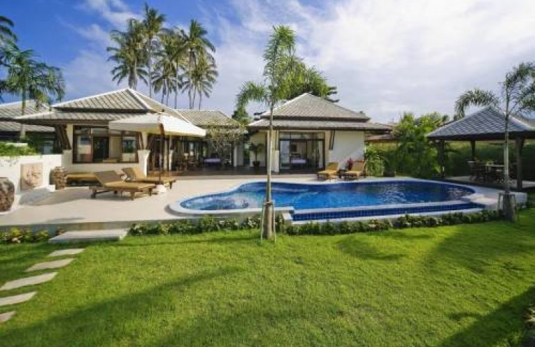 3 Bedroom Beach Front Villa with Private Pool at Plai Laem Samui