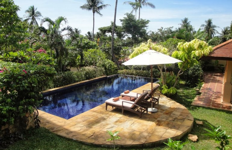 Three Bedroom Garden Villa with Pool at Choeng Mon Samui