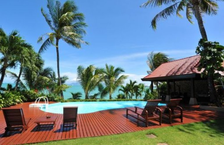 5 Bedroom Beach Front Villa with Private Pool at Bang Rak Koh Samui