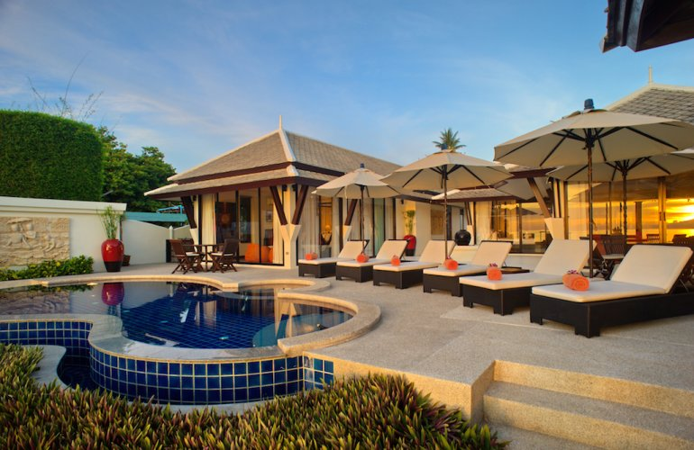 3 Bedroom Luxury Beach Front Villa with Pool at Plai Laem Samui