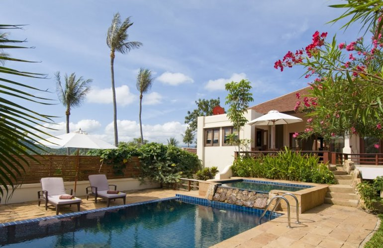 Three Bedroom Garden Villa with Pool at Choeng Mon Ko Samui Thailand