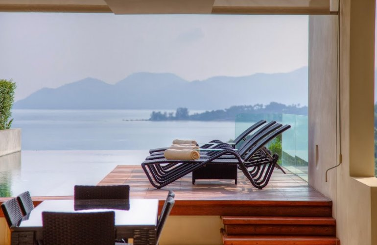 3 Bedroom Sea View Villa with Pool at Choeng Mon Samui