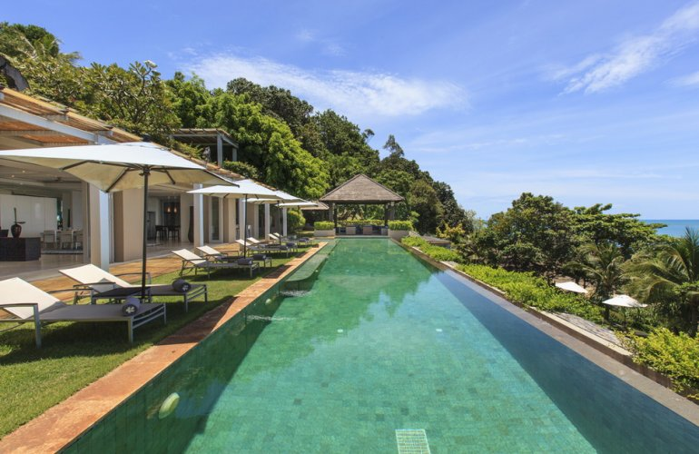 7 Bedroom Beach Front Villa with Pool at Chaweng Koh Samui
