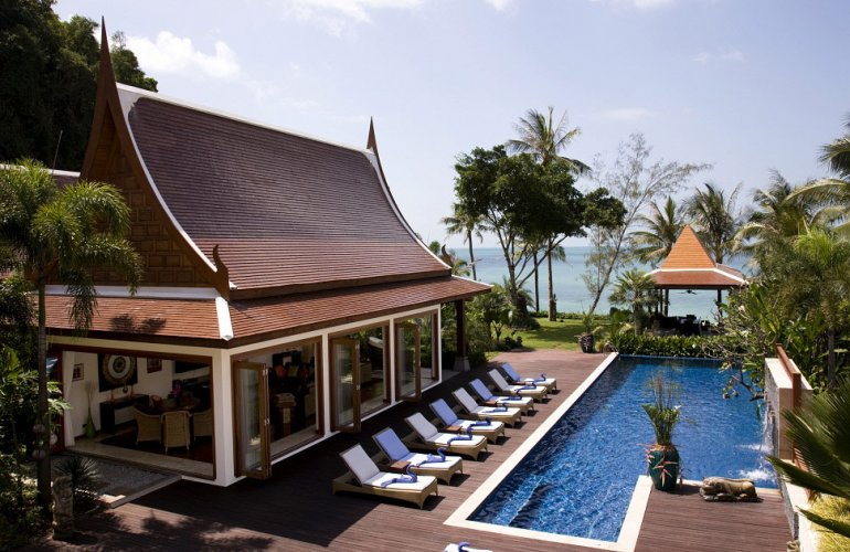 5 Bedroom Beach Front Villa with Private Pool at Lipa Noi Koh Samui Thailand