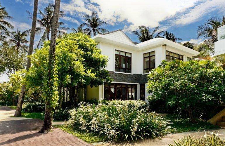 3 Bedroom Garden Luxury Villa with Private Pool at Bang Por Ko Samui