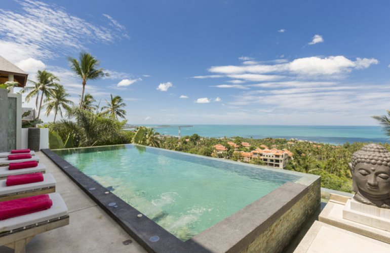 6 Bedroom Sea View Villa with Pool at Chaweng Samui Thailand
