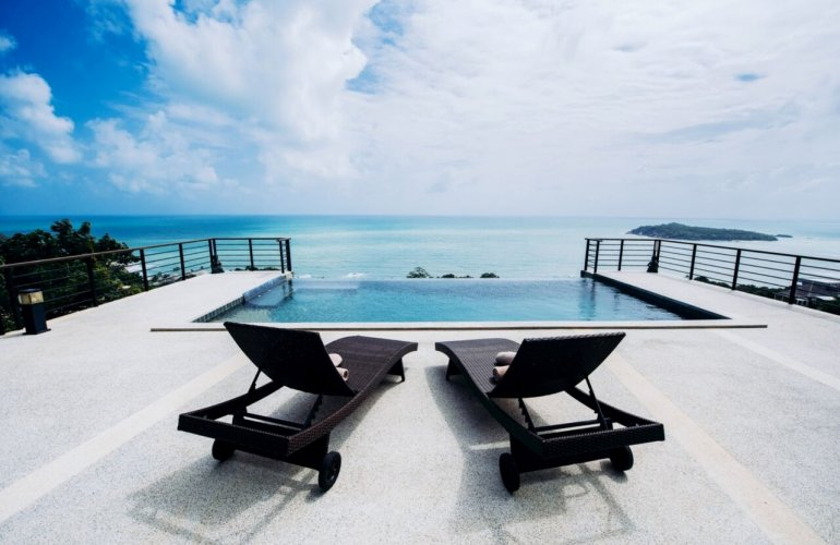 4 Bedroom Sea View Villa with Infinity Pool at Chaweng Koh Samui