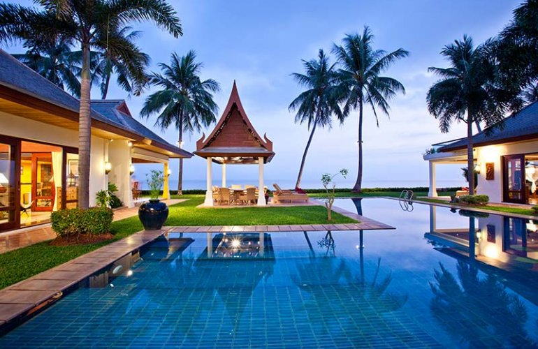 4 Bedroom Option Beach Front Villa with Private Pool at Maenam Ko Samui
