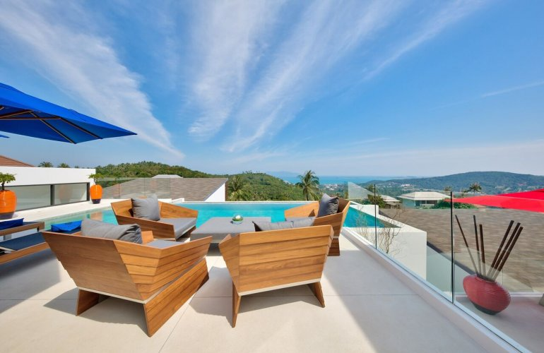 6 Bedroom Sea View Villa with Pool at Bophut Samui