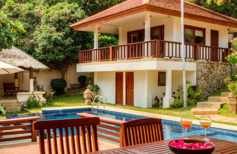 4 Bedroom Garden View Villa with Private Pool at Choeng Mon Ko Samui Thailand