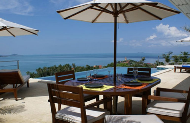 4 Bedroom Sea View Villa with Private Pool at Bangrak Ko Samui