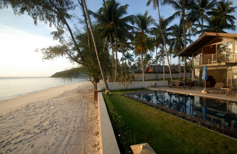 4 Bedroom Beach Front Villa with Private Pool at Lipa Noi Koh Samui